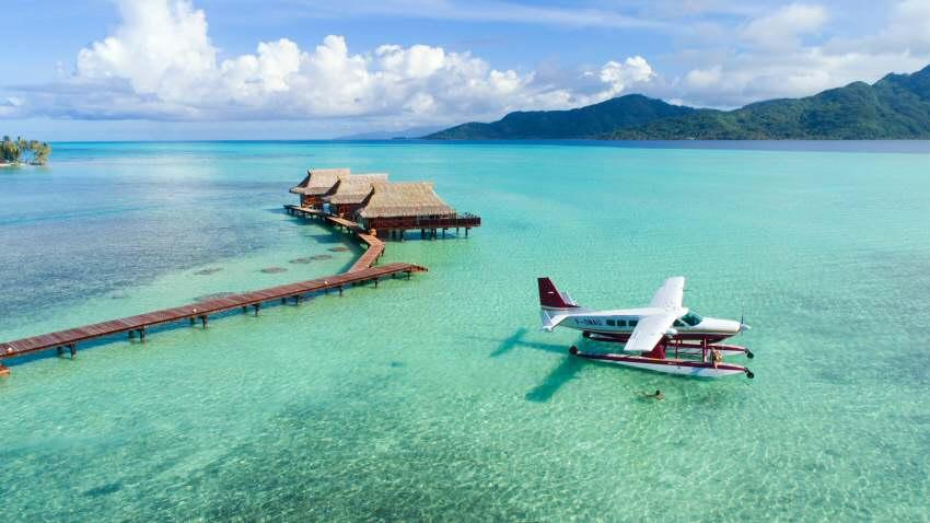 Tahiti - 4 Mio qkm kristallklare Landebahn