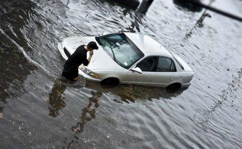 Manches Auto mit Wasserschaden zu retten