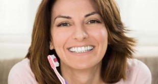 Zähne und Zahnfleisch ab 40 brauchen mehr Pflege