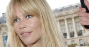 Claudia Schiffer trauert um Mutter Gudrun