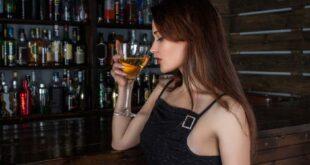 Corona-Lockdown - Frauen trinken mehr Alkohol